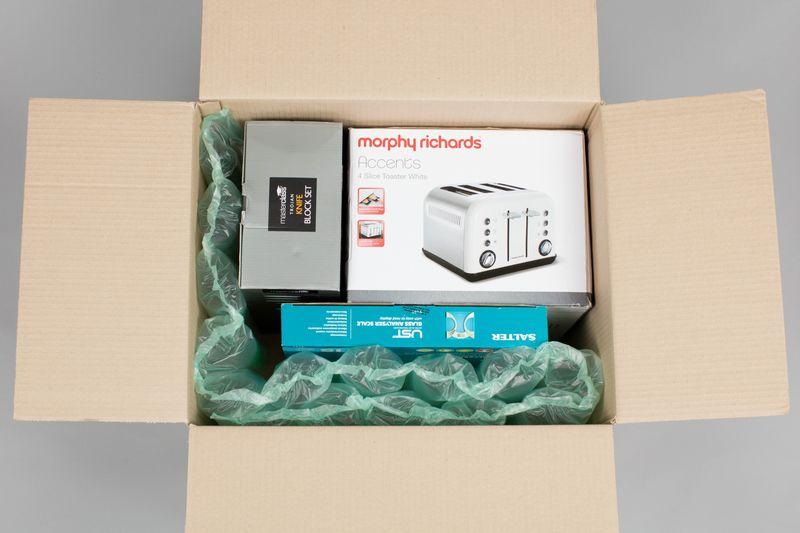 紙箱使用opus氣墊圖例3--商品尺寸規格不固定,可以利用單排或雙排調整放置