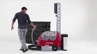 motion自走式包膜機器人本身有動力控制,能輕鬆移動包膜機