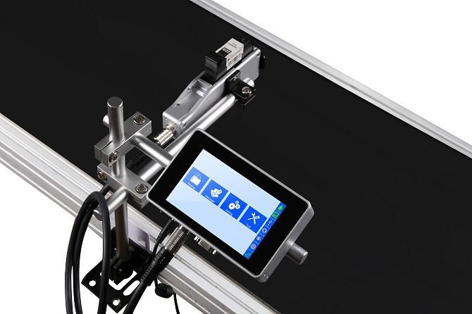 E1S高解析噴印機-搭配輸送機產線使用,主機與噴頭獨立