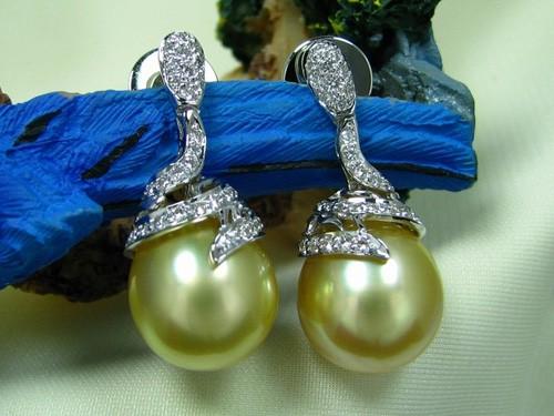12.7mm皮光佳黃金南洋珠鑽石耳環