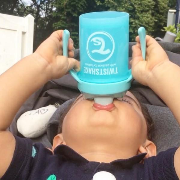 為寶寶挑選適宜水杯,建議守則